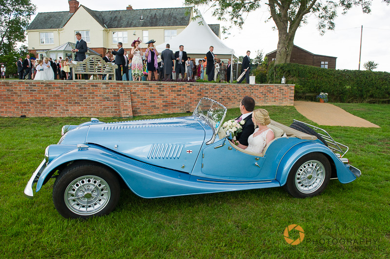 Bride and Groom arrive in Morgan