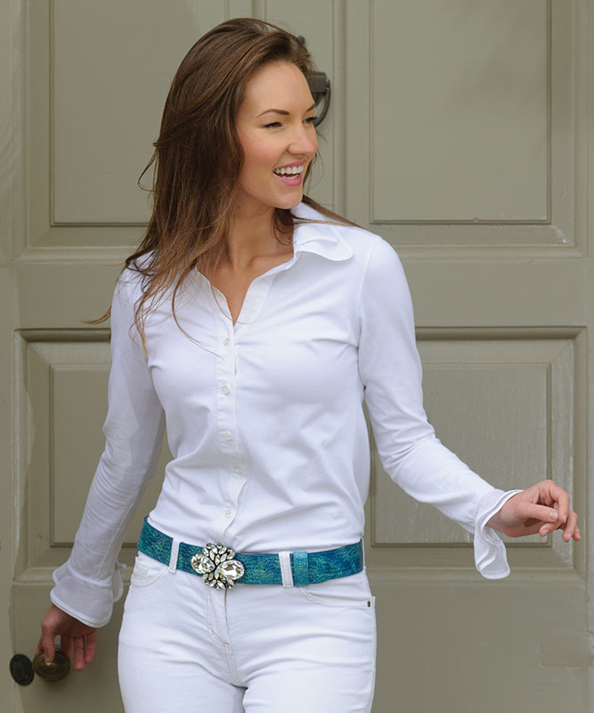a female model for peachy belts - Peachy Belts