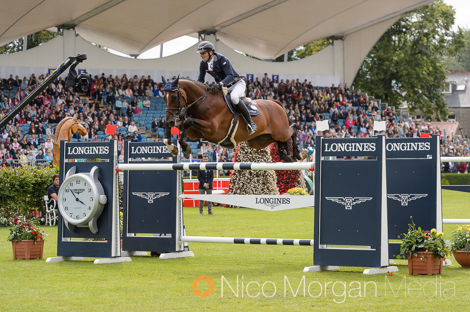 Werner Muff and DAIMLER on their way to victory in the Longines International Grand Prix of Ireland, Dublin Horse Show 2017.