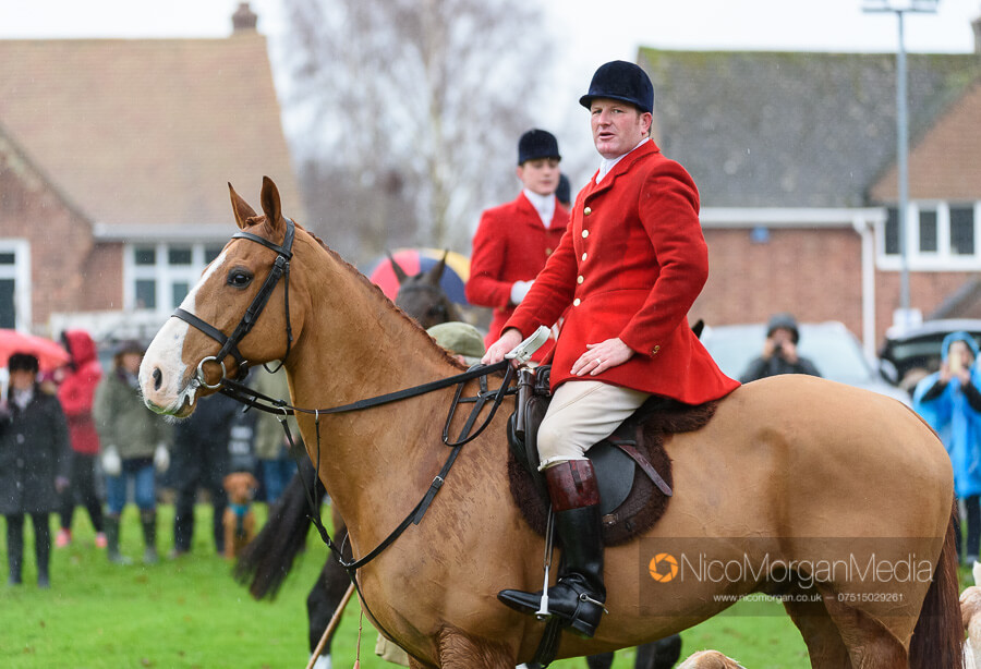 Cottesmore Hunt Boxing Day 26Dec19 002 - The Cottesmore Hunt Boxing Day meet in Oakham