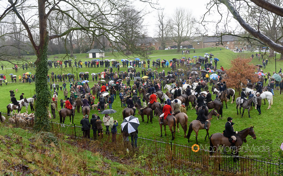 Cottesmore Hunt Boxing Day 26Dec19 031 - The Cottesmore Hunt Boxing Day meet in Oakham