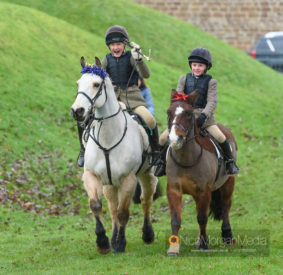 Cottesmore Hunt Boxing Day 26Dec19 048 - The Cottesmore Hunt Boxing Day meet in Oakham
