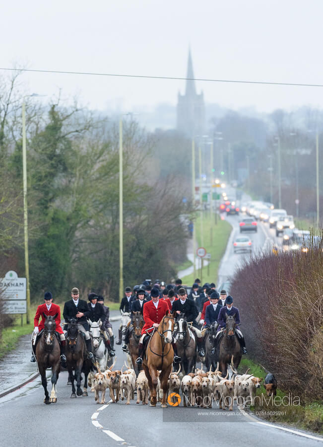 Cottesmore Hunt Boxing Day 26Dec19 077 - The Cottesmore Hunt Boxing Day meet in Oakham