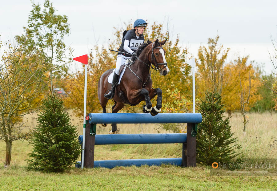 Archi Smith-Maxwell and GLOBAL WINNINGMOOD at Oasby Horse Trials